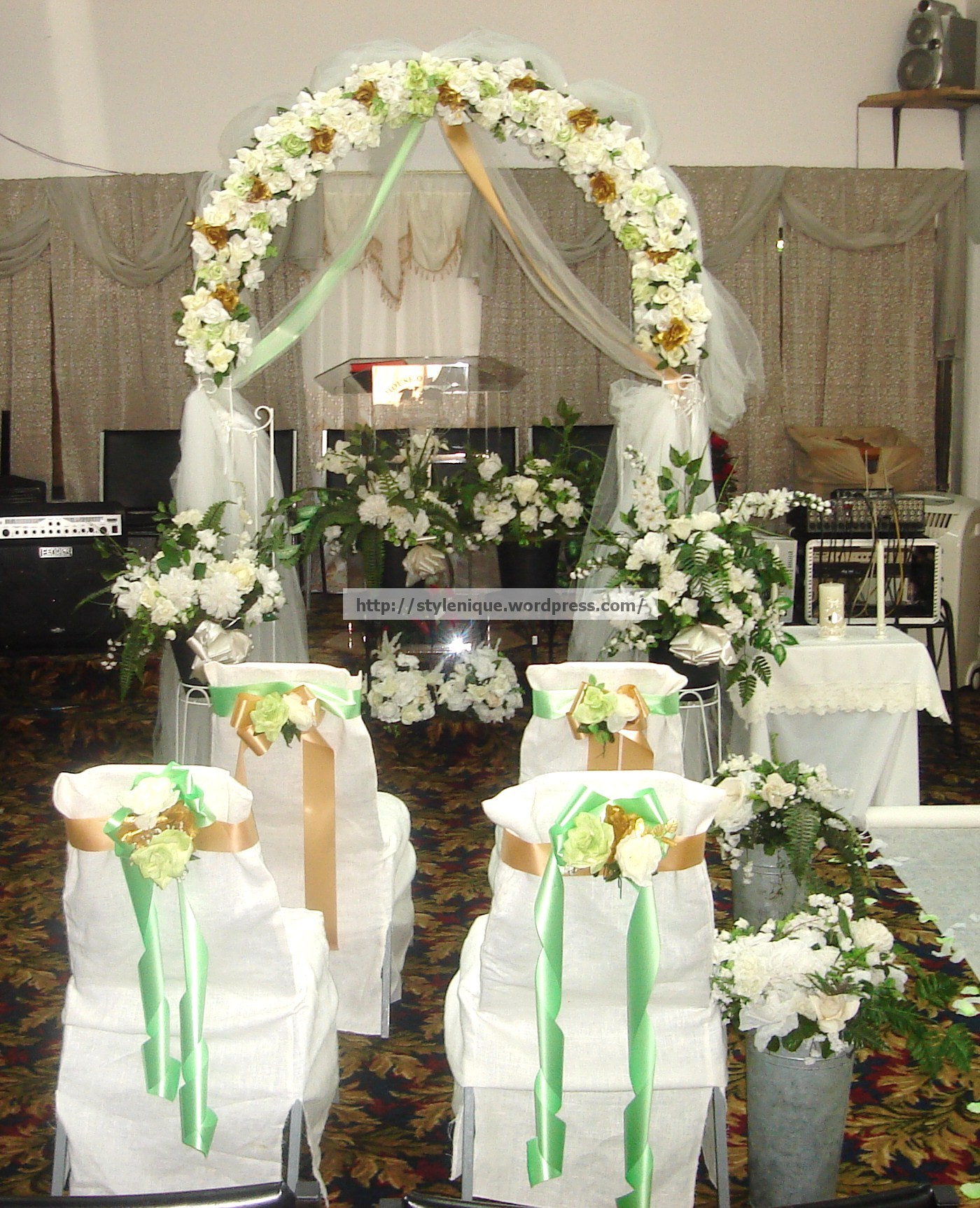 Wedding Arch And Bridal Party Seating